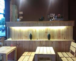 Thiết kế quán cafe gỗ đẹp và rẻ tại Hà Nội