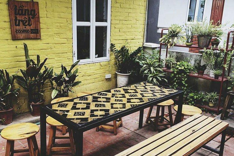 Thiết kế quán cafe nhỏ đẹp tại ban công, sân thượng