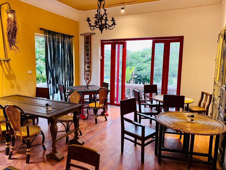 Học hỏi 2 thiết kế nội thất quán cafe thô mộc hot tại Hà Nội